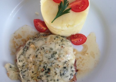 Restauracia_Penzion_Bowten22